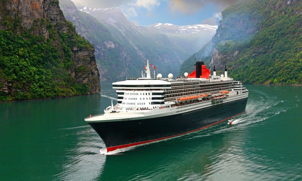 61619248-queen-mary-2